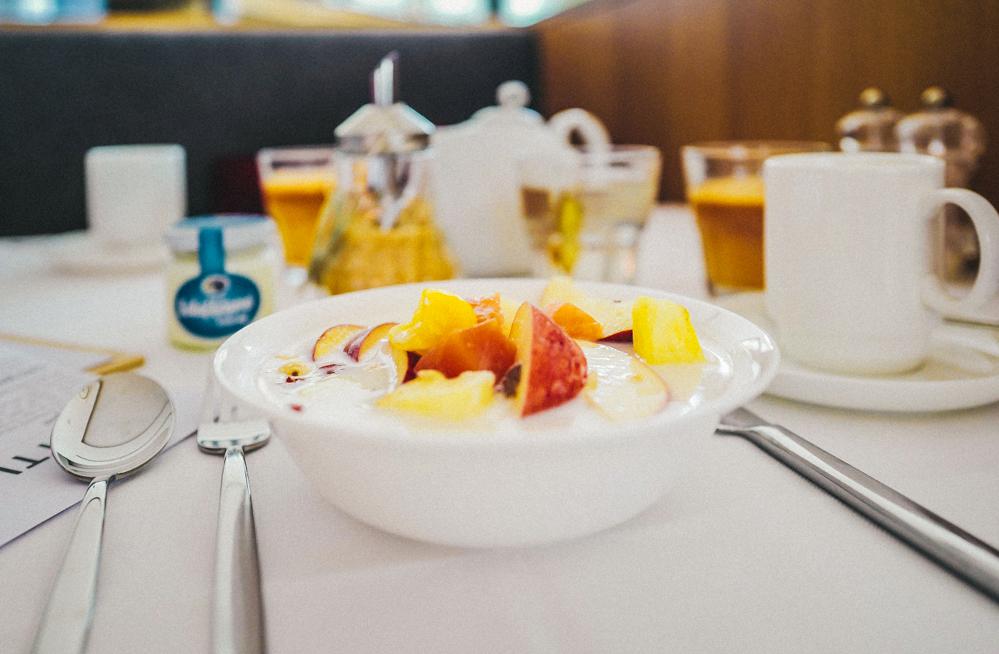 Frühstück im Hotel Schwarzschmied in Lana