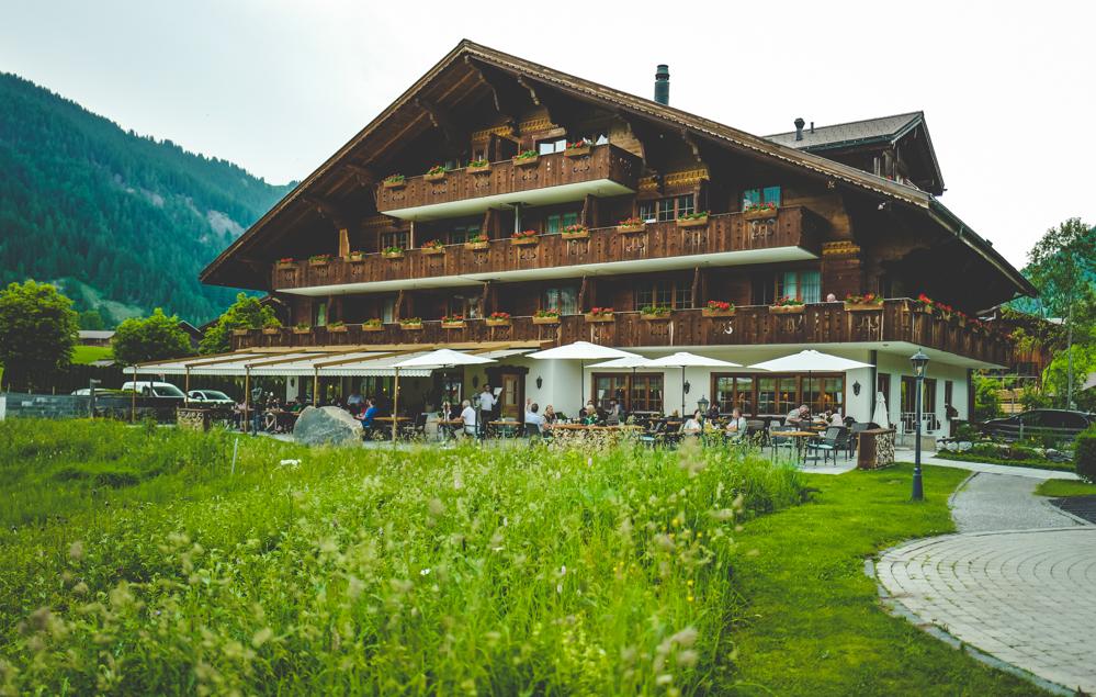 BloggerHikeChallenge 2019 Freiseindesign Gstaad Lauenensee Hotel Gstaad