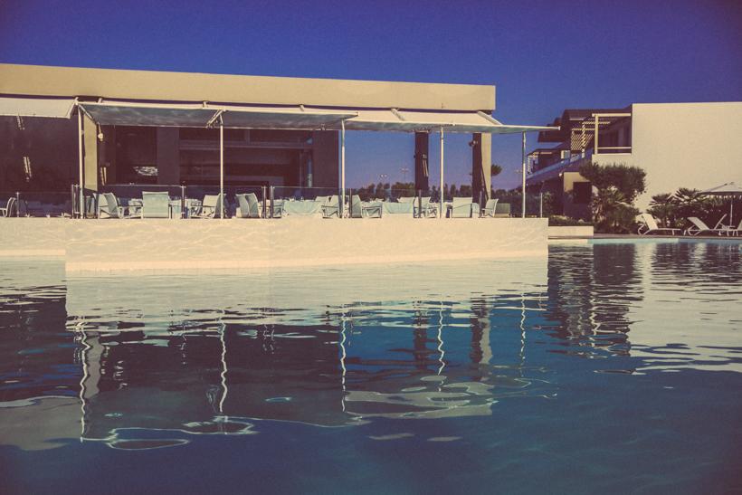 Unser Griechenland Erfahrungsbericht: Zwischen Krise & Poolparty