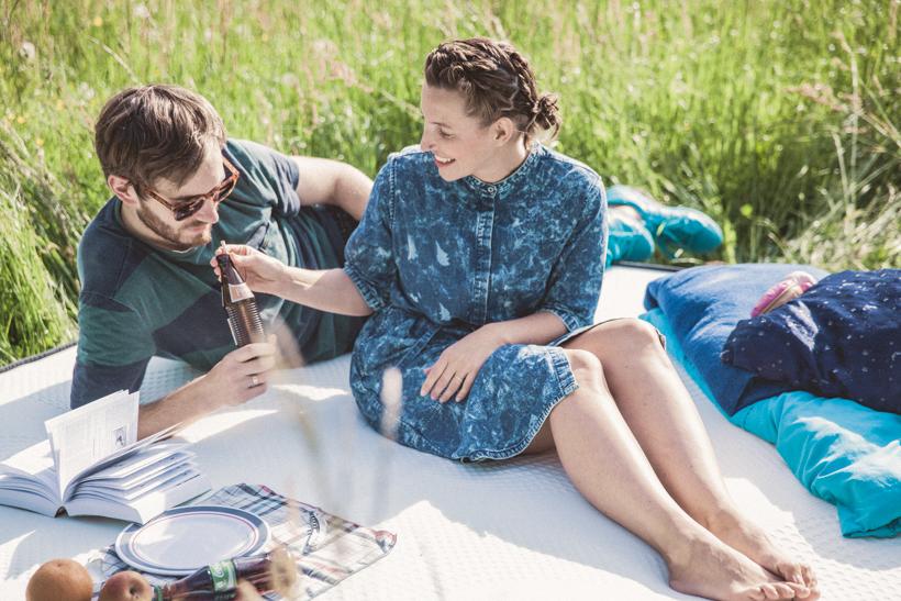 Outdoor Abenteuer Schlummern: Wir weihen unsere neue SMOOD Matratze im Grünen ein!