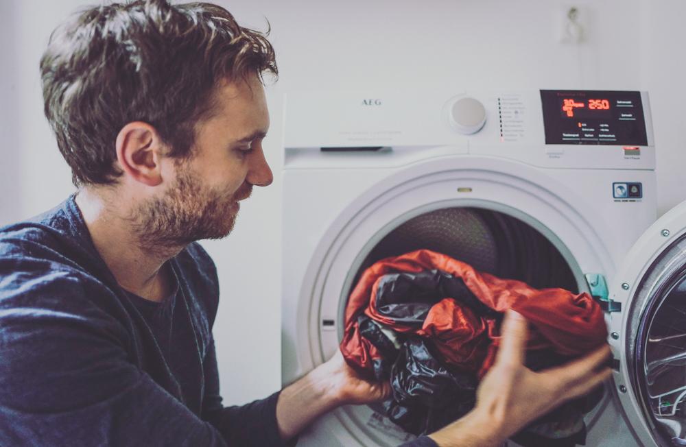 AEG Outdoor Trekking Kleidung waschen und imprägnieren! Daunenschlafsack waschen und trocknen