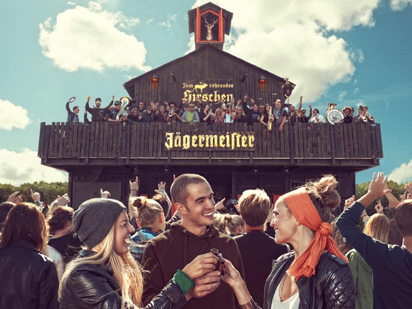 ACHTUNG MEGA GEWINN: 1x2 Tickets für das ROCK AM RING FESTIVAL 2013 plus!!! Zugang zum JÄGERMEISTER GASTHOF während eines Wohnzimmerkonzerts!!!