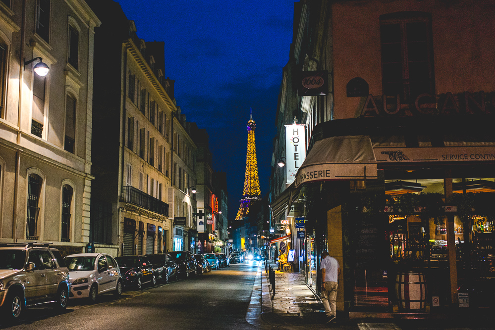 A walk about Paris will provide lessons in history, beauty, and in the point of Life. -Thomas Jefferson