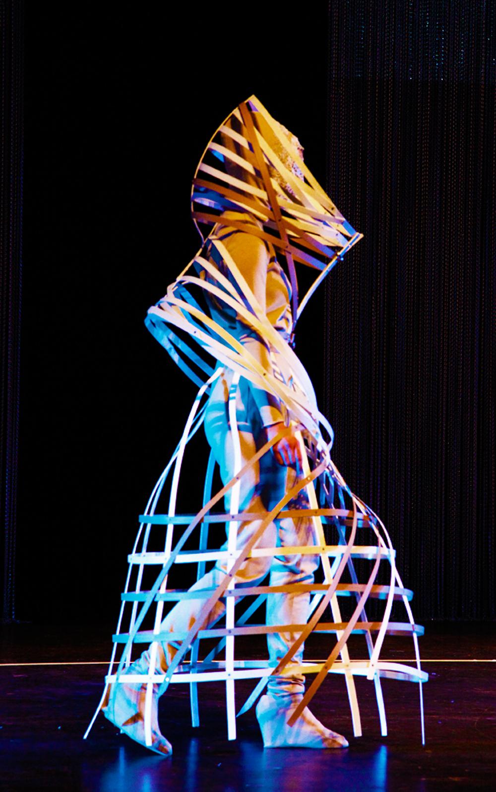 Sainte Catherine Charity-Modeperformance der ESMOD Internationale Kunsthochschule für Mode Berlin /// Wild Things