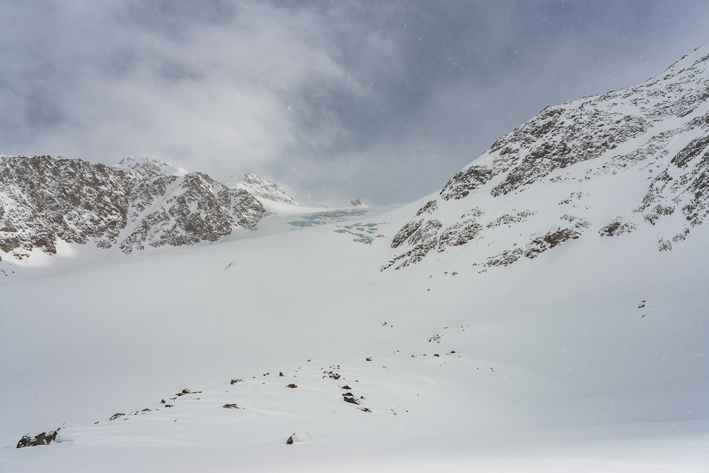 Schnalstal Schneeschuhwandern Schutzhuette Schoene Aussicht