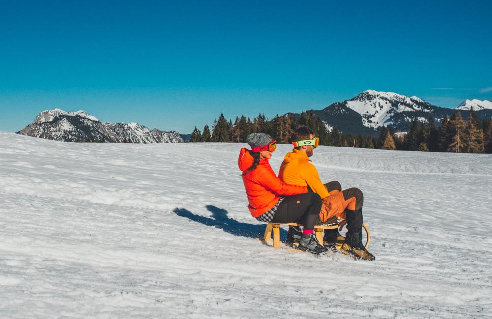 Schneeschuhwandern_und_Rodeln_auf_der_Hemmersuppenalm_in_Reit_im_Winkel-6181
