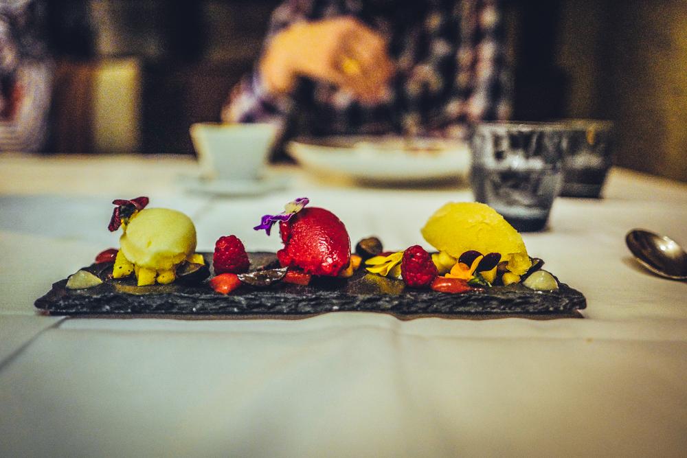 Falls ihr also doch noch ein wenig auf das nächste Familienfest warten müsst, zögert nicht und ordert euch selbst einen Tisch und ein, zwei, drei gute Gläser oder Flaschen Wein im Restaurant Panholzer! Ihr habt es euch ganz sicher verdient!