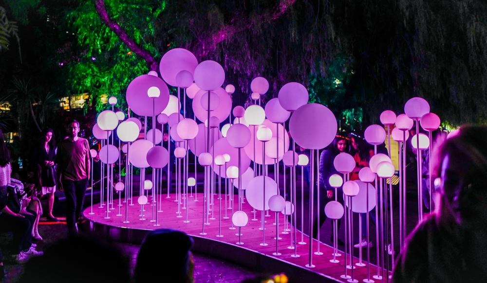 """Sydney Tour Empfehlungen Australien City Trip Vivid Sydney – """"Lights On"""""""