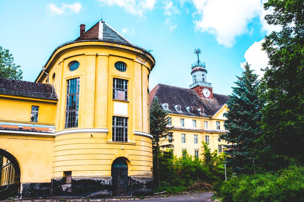 lost-city-verbotene-stadt-wuensdorf-waldstadt-lost-place-brandenburg-9